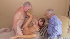 Старая бабка и дед: поход к гинекологу